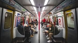 #GRADUANTOP10: Things You Can Do While Commuting to Work