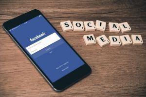 Social Media at Work: Yes or No?