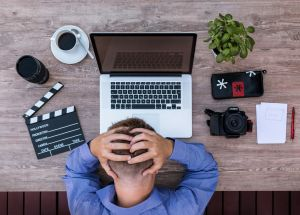 8 Bad Work Habits to Drop Right Now to Be More Successful – Especially #4!