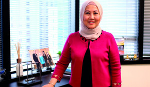The First Banking Institution in Malaysia to integrate Facebook into its Work Culture