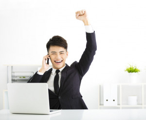 5 WAYS TO SURVIVE YOUR FIRST JOB