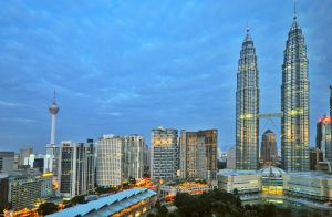 THESE ARE THE TOP 7 INDUSTRIES THAT WILL HIRE YOU RIGHT NOW IN MALAYSIA!